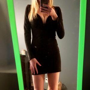Dresses & Skirts - Sexy Black Dress ☆☆ LBD!